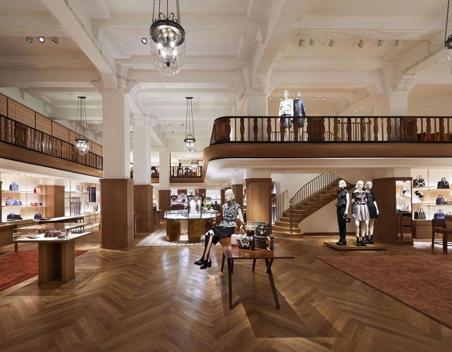 Interni Showroom Louis Vuitton